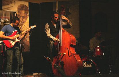 contrabbasso-e-gruppo-jazz