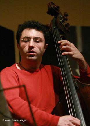 contrabbasso-jazz-finale-milano